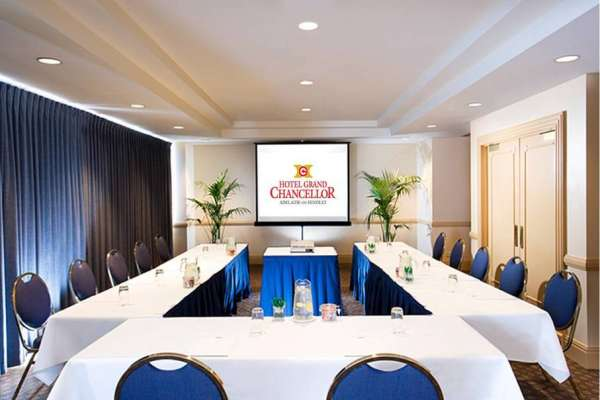 grand-chancellor-adelaide-on-hindley-conference-room-ushape.jpg