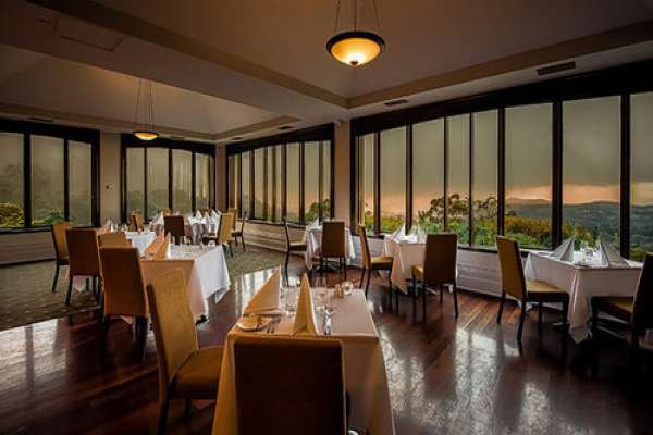 Mount-Lofty-House-Adelaide-restaurant.jpg